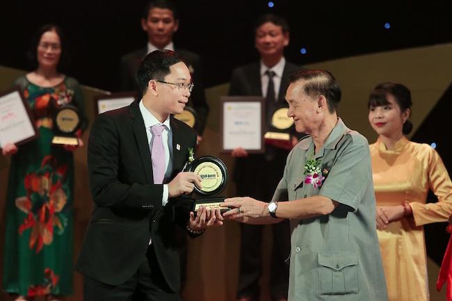 "Van Phu - Invest was honored ""Top 50 Famous Brands in Vietnam"""